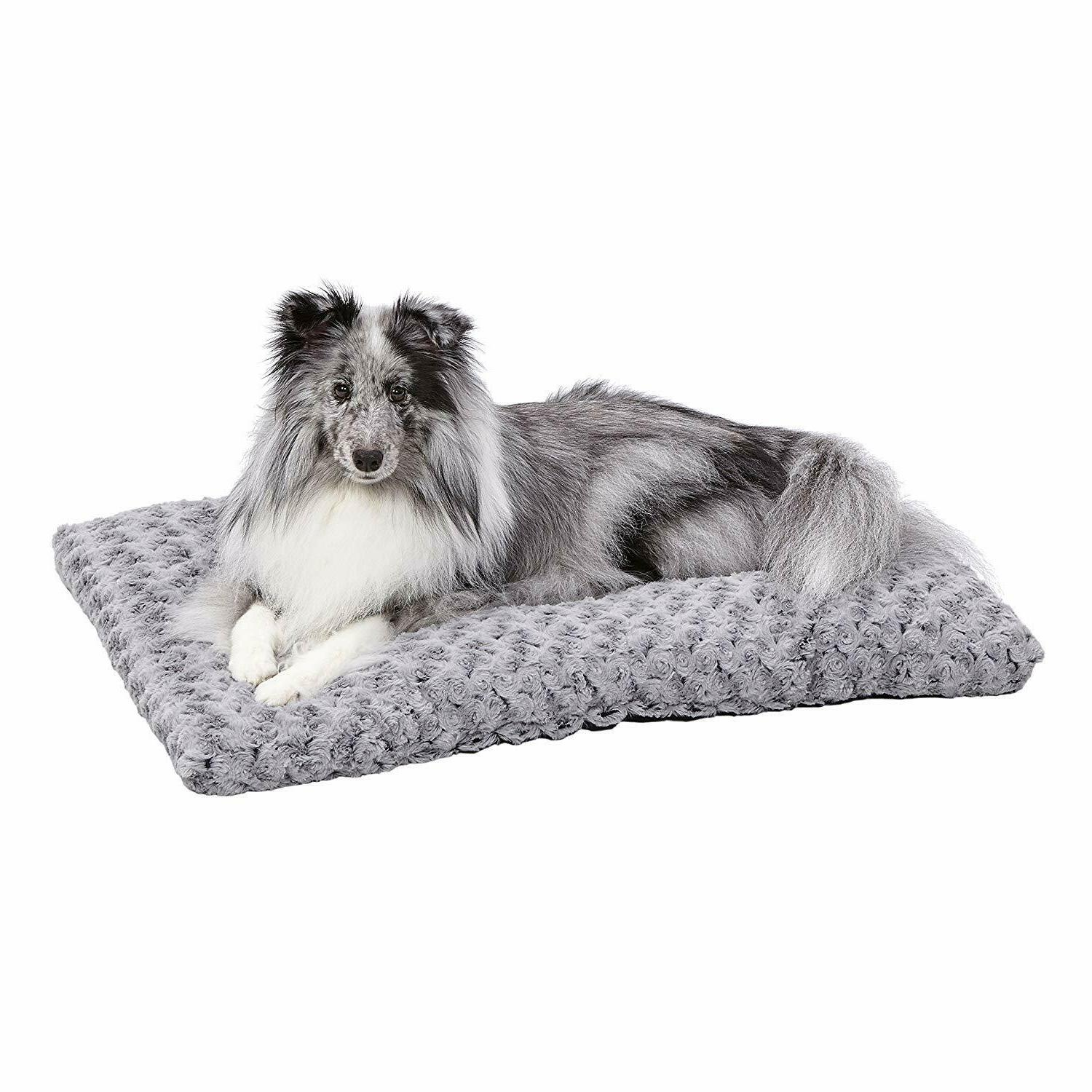 Deluxe Pet Beds | Super Plush Dog & Cat Beds Ideal for Dog C