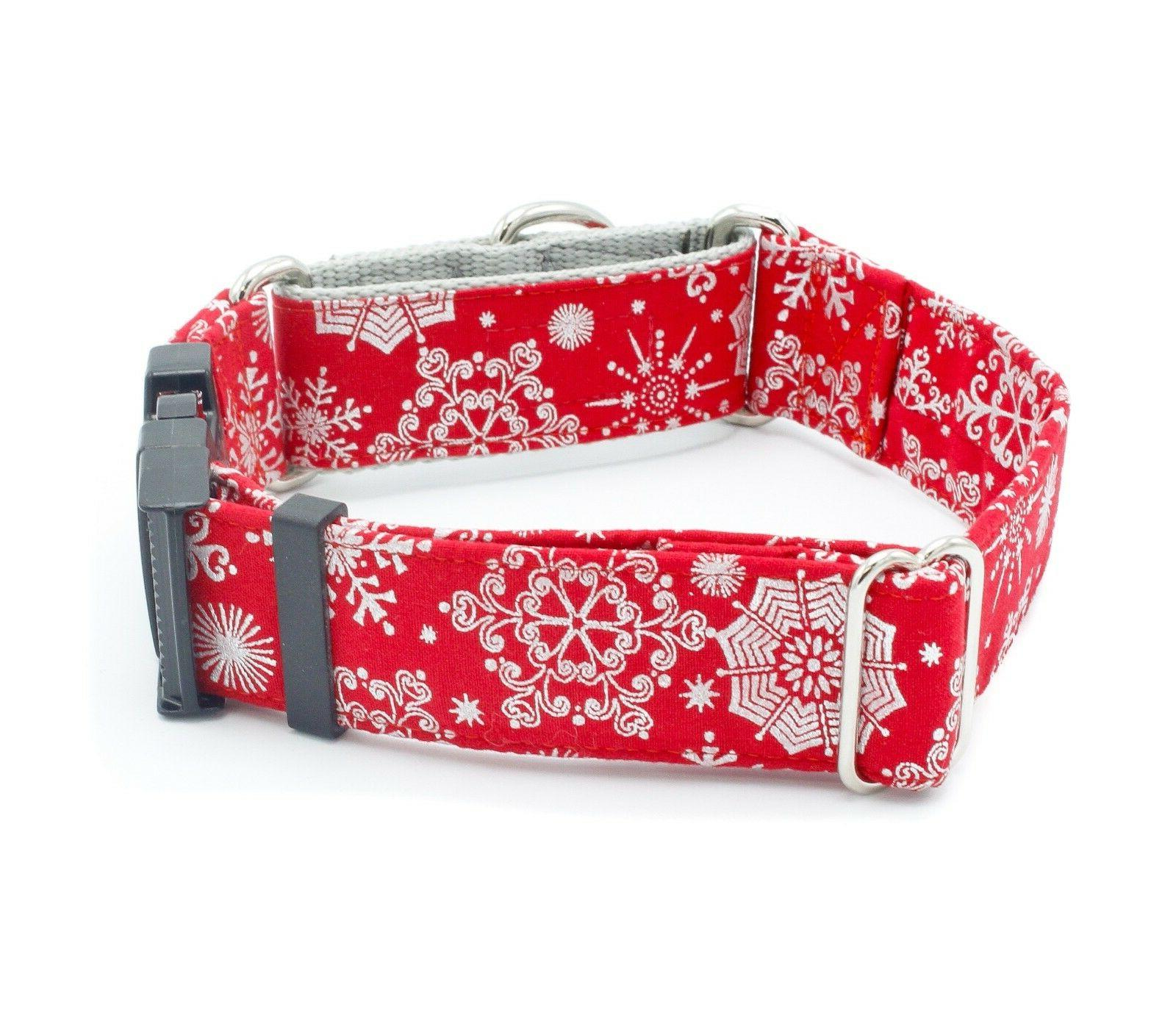 Snowflakes Holiday Dog Collar Width
